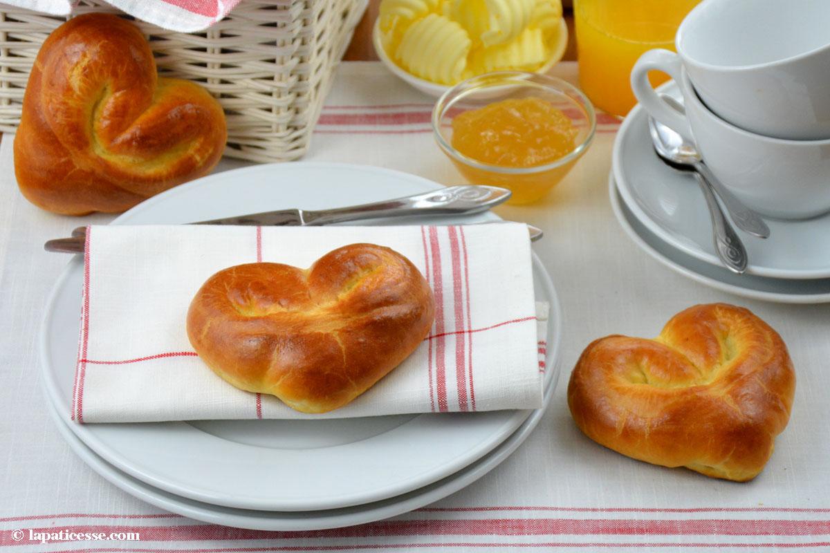 Cœurs de pains au lait Rezept
