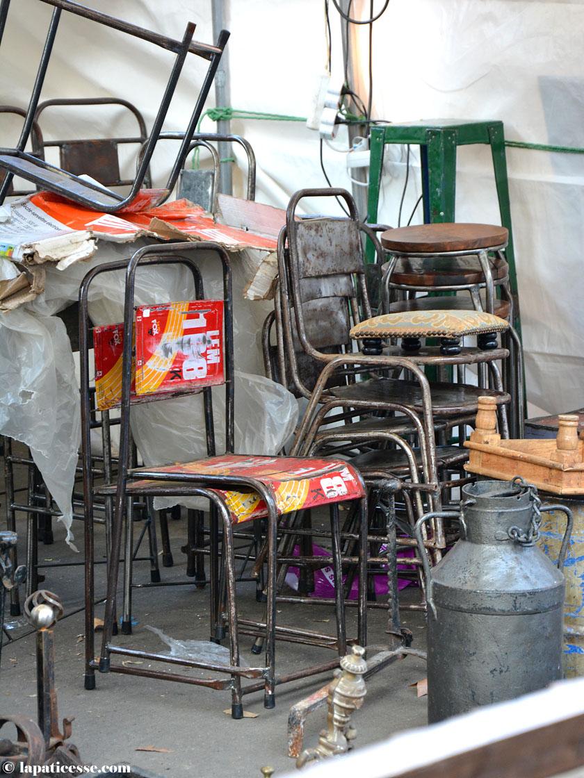 Paris Antik Flohmarkt Oberkampf Eisenstühle