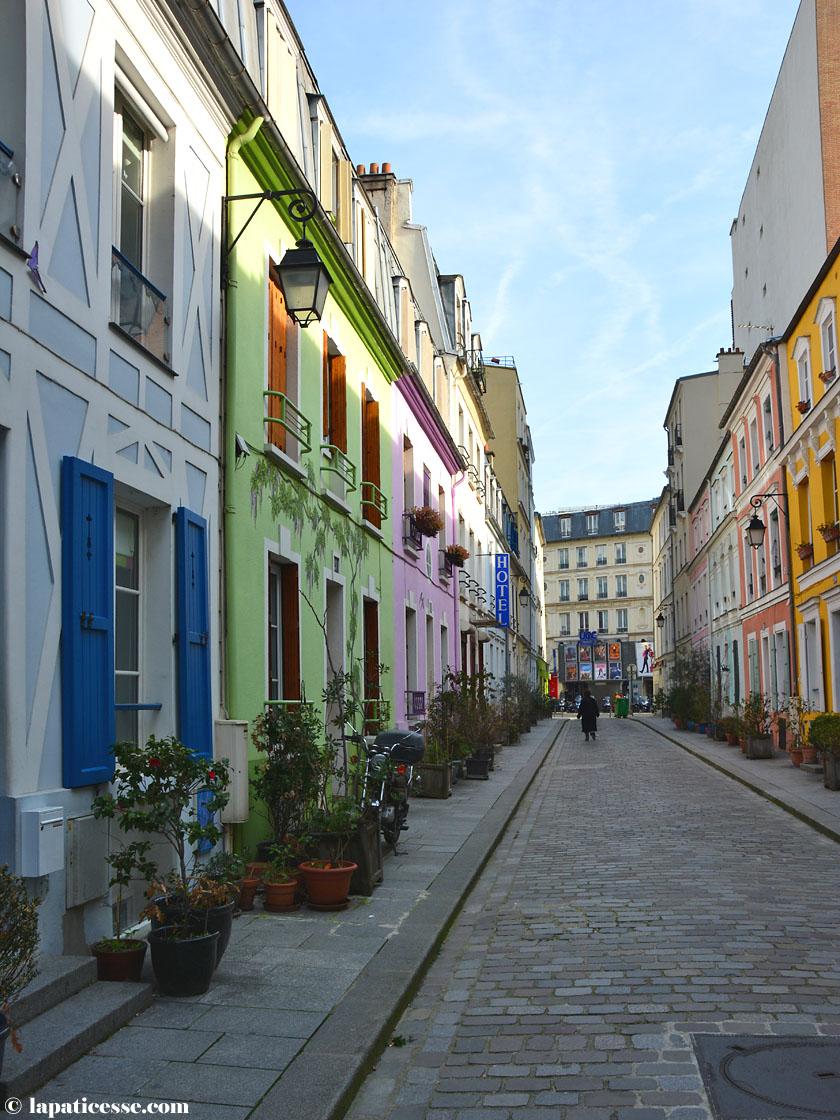 Paris Rue Crémieux bunte Häuser