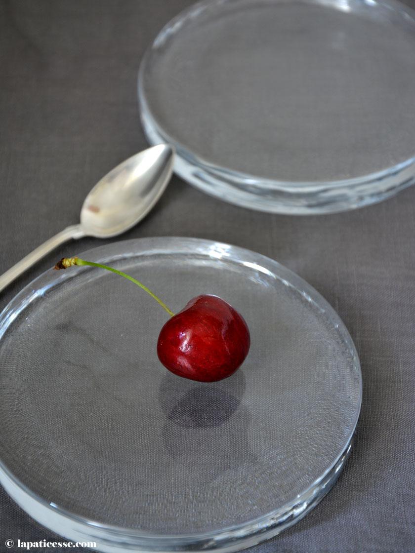 Bombe glacée au chocolat noir Schokoladen Eisbombe Rezept Schokoladeneis Uups