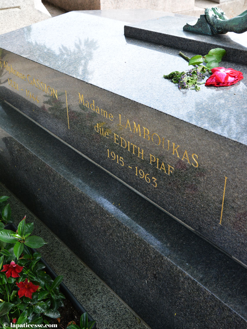 pere-lachaise-paris-friedhof-grab-edith-piaf