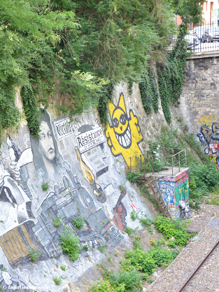 parc-des-buttes-chaumont-paris-graffiti