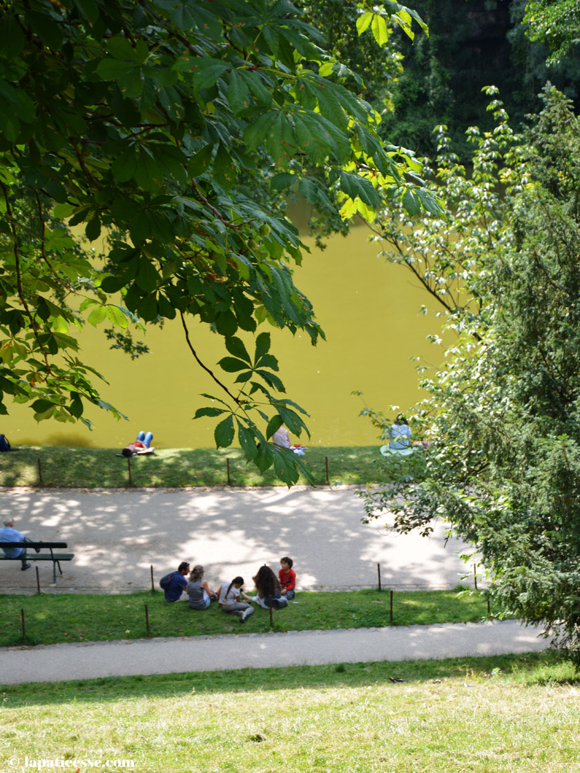 parc-des-buttes-chaumont-paris-see