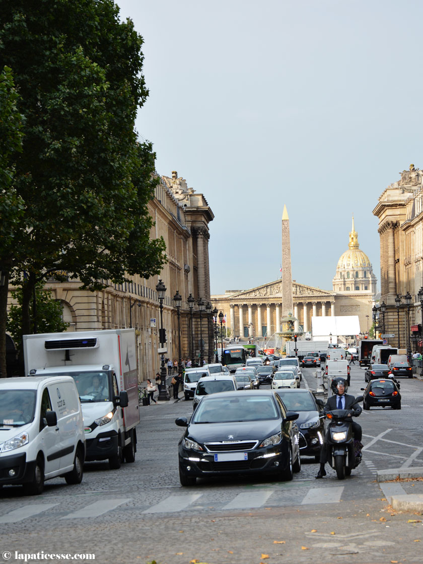 rush-hour-paris-place-de-la-madeleine-august