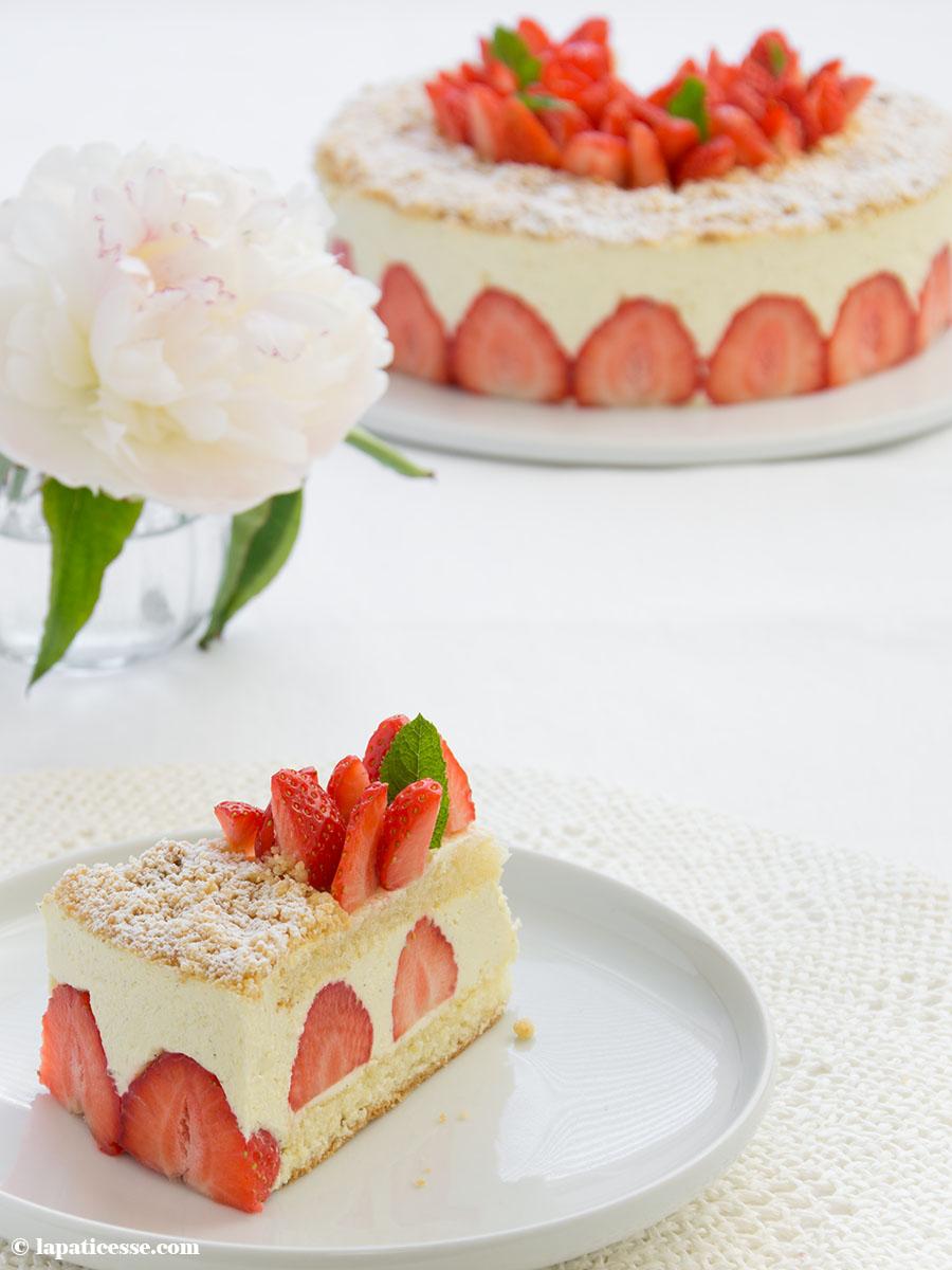 Fraisier Rezept für französische Erdbeertorte Erdbeerkuchen Bagatelle aux fraises