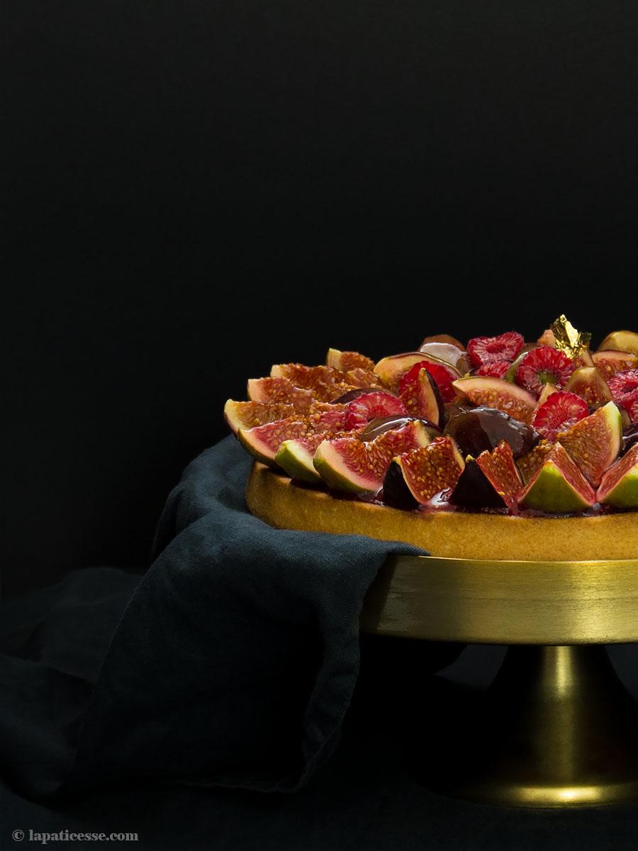 Feigen-Tarte Rezept mit Himbeeren Tarte aux figues et framboises Haselnüsse backen