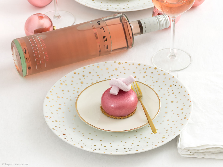 Petits gâteaux aux fruits rouges Beeren-Törtchen mit Pinot noir rosé von BREE Wein - La Pâticesse - Der Patisserie Blog