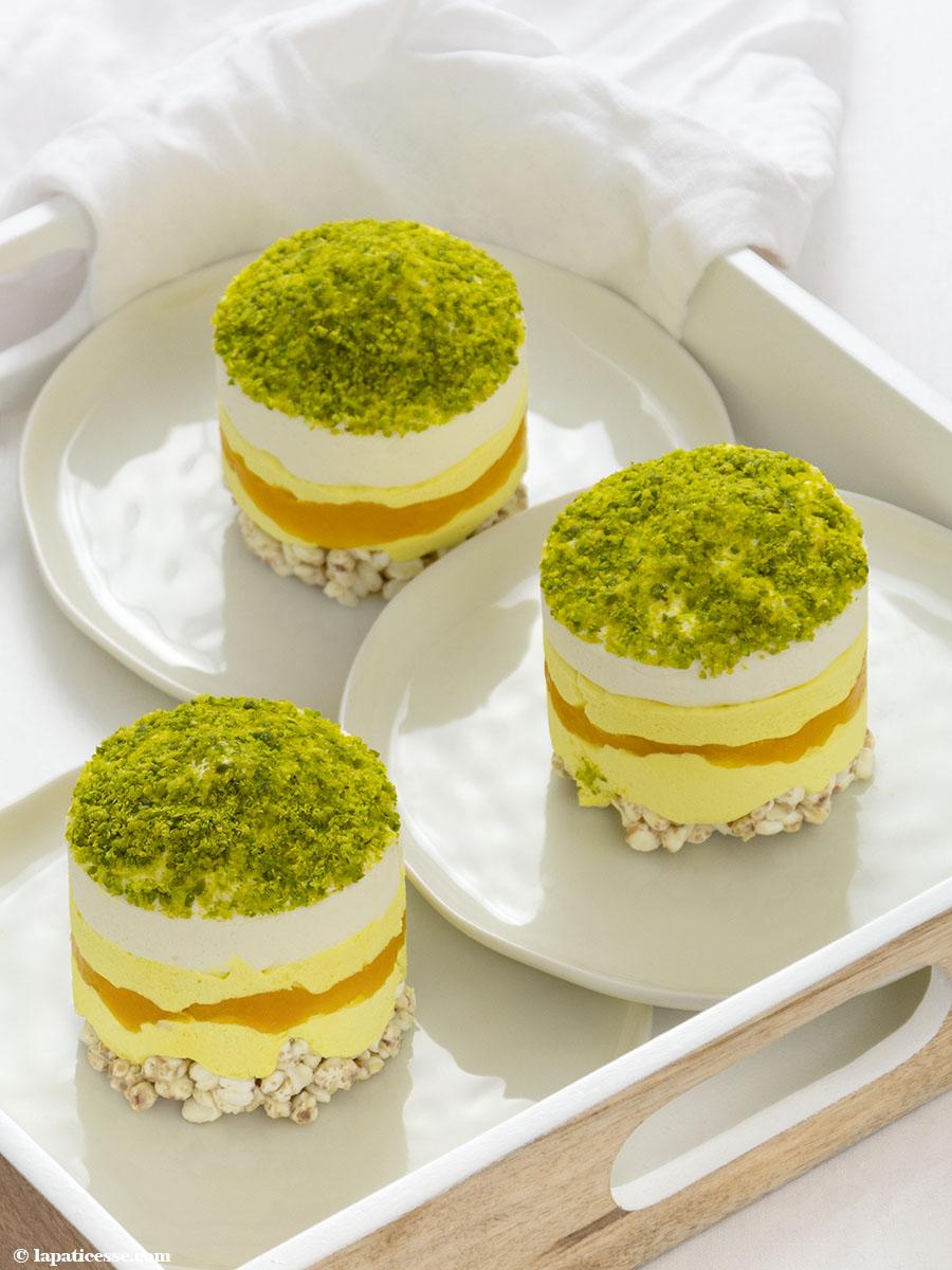 https://www.lapaticesse.com/wp-content/uploads/2018/02/Törtchen-Golden-Milk-Rezept-Mango-Pistazien-Buchweizen-1.jpg
